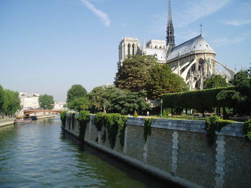 Notre-Dame de Paris – klassisk gotisk arkitektur